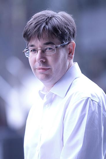 DR DAVID PEARCE